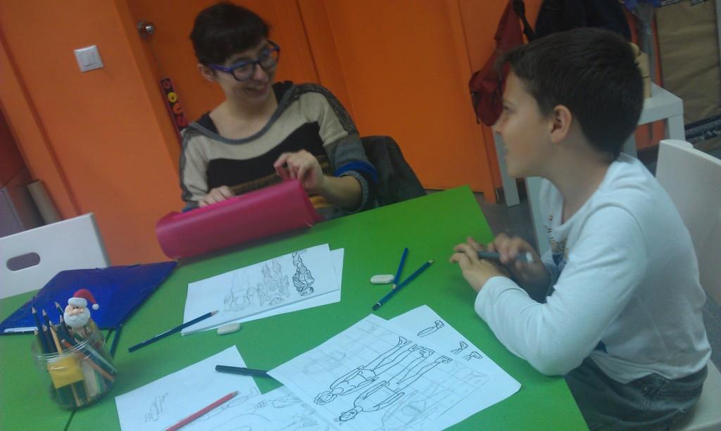 Classe de còmic a l'acadèmia JumpingCay Barcelona Poblenou